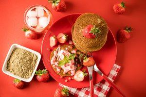 Pancake chanvre et fraises