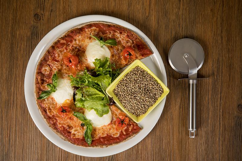 Pizza napolitaine au chanvre